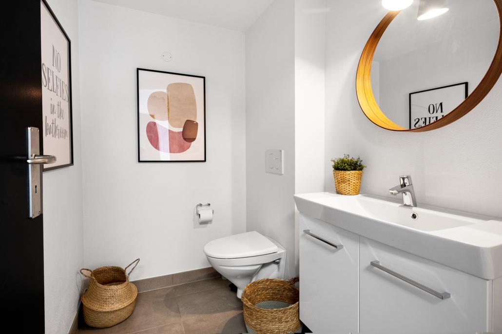 Et af kontorfællesskabets toiletter